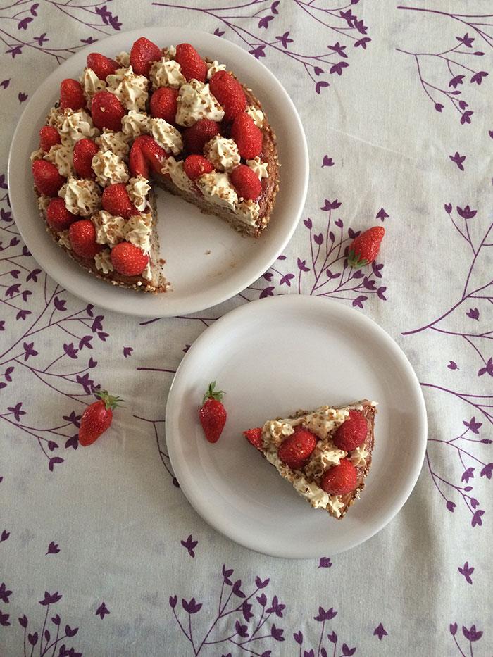 http://ilovechocolat.fr/wp-content/uploads/2017/05/Gateau-fraises-pistache-1.jpg