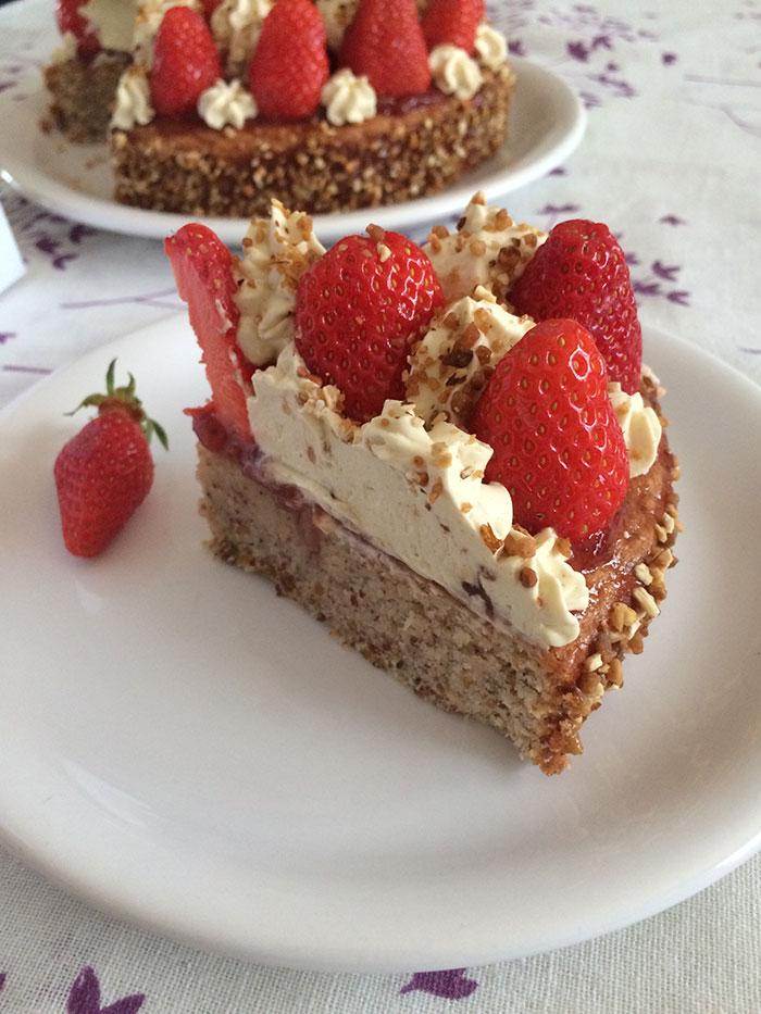 Gateau-fraises-pistache-2