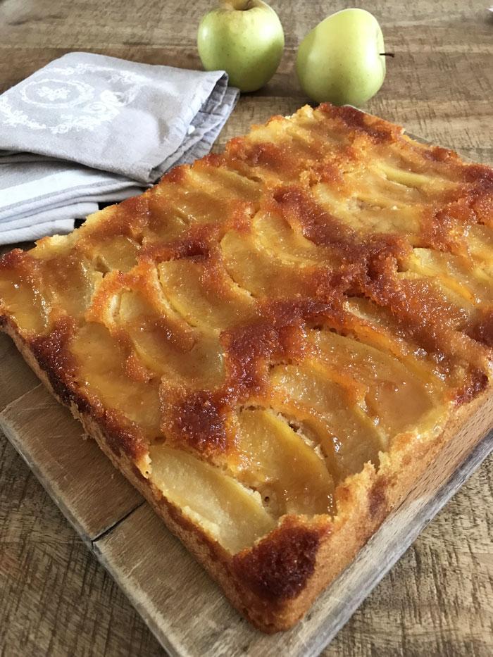 Gateau-pommes-caramelisees3