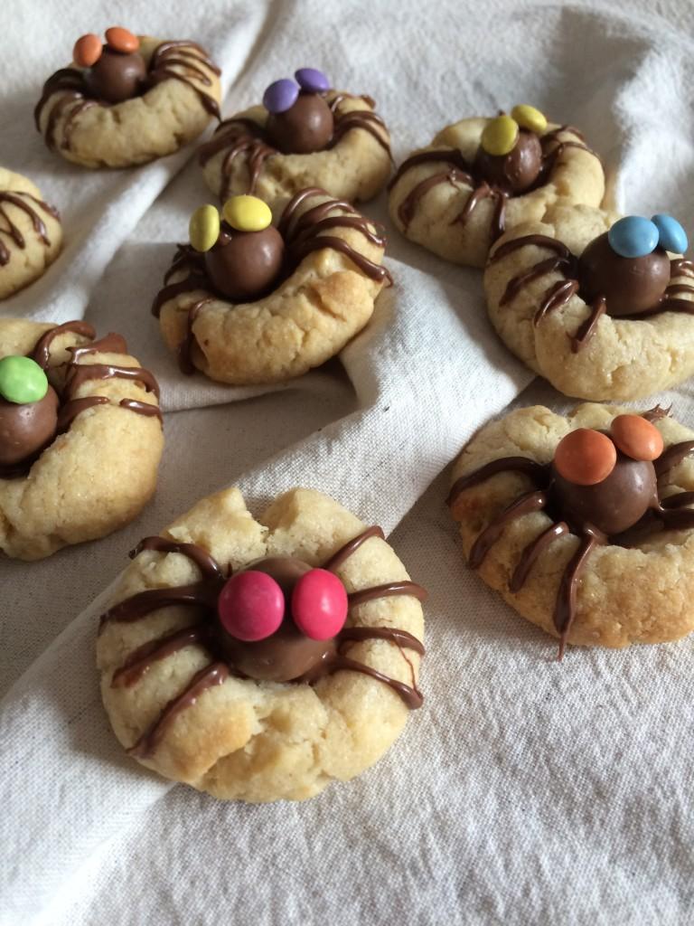 Biscuits araignées à la noisette